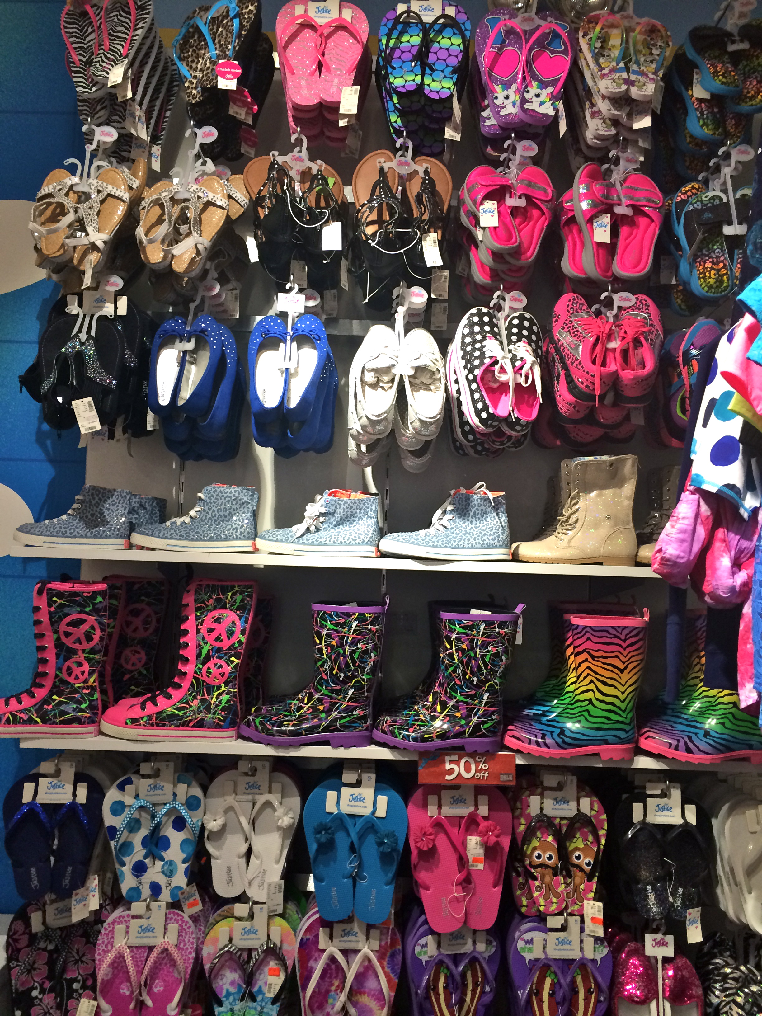 Online clothing stores Popular tween clothing stores
